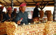 Go Indonesia :: Variety Of Indonesia Traditional Music